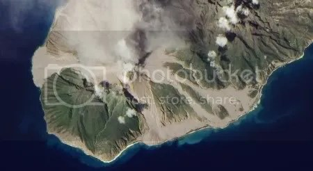 Soufriere Hills volcano resumes activity (NASA EO-1 image, 29 December 2009)