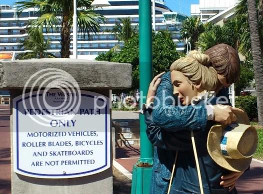 farewell statue