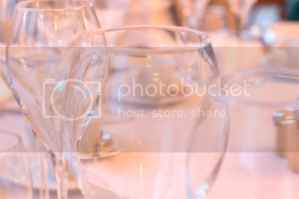 photo britton-loves-clevedon-hall-hotel-weddings-somerset-review-interiors-chef-dinner-one-direction-you-and-i-seaside-13_zpstiugzggf.jpg