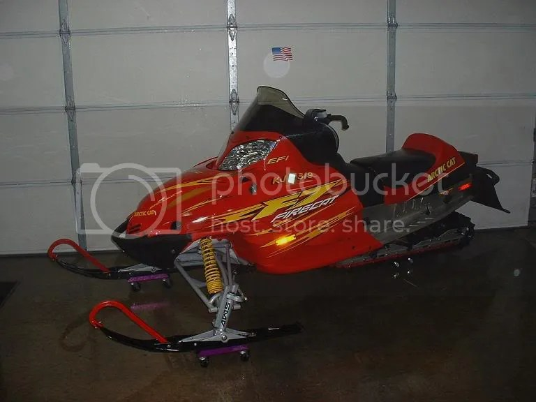 Green 2006 Pro F7 Sno