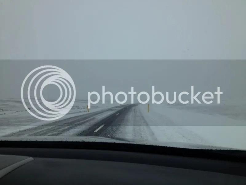 photo snowyroad_zps4b5b7adf.jpg