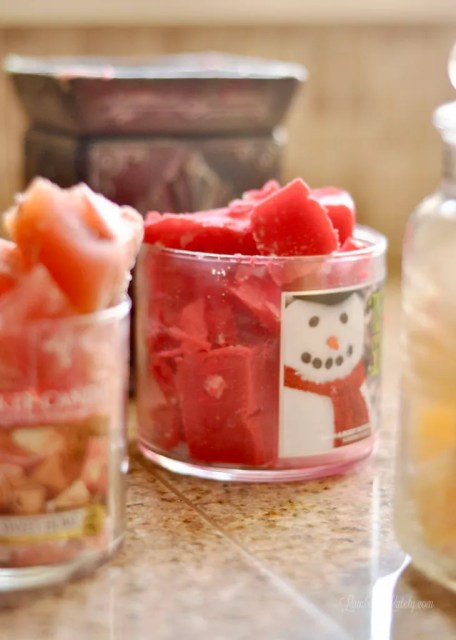 Wax Melts || Wax Melts DIY || Homemade Wax Melts || Upcycled Candle || Recipe || How to Make Your Own || Scented Wax Cubes || Tarts