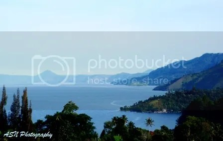 Morning in Toba