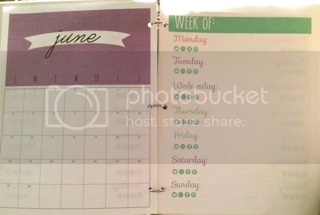 Blog planning binder with monthly calendar and weekly planning sheets