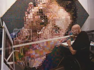 Close in his studio at work on a portrait of Siena, 2002.