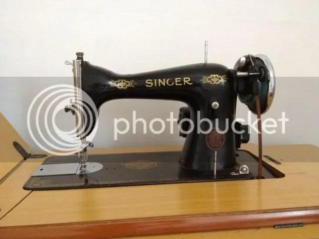 Singermachine6_zps1549a0a5.jpg