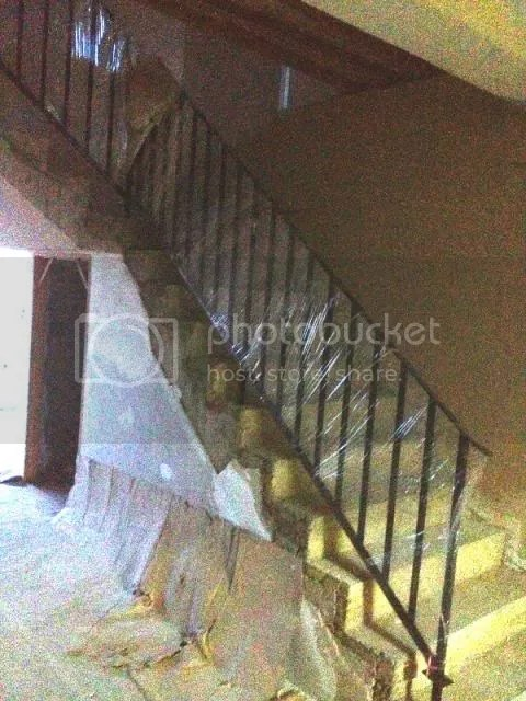 staircaseup_zps75e0d382.jpg