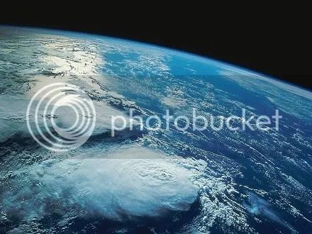photo earthfromspace344_zps08c16996.jpg
