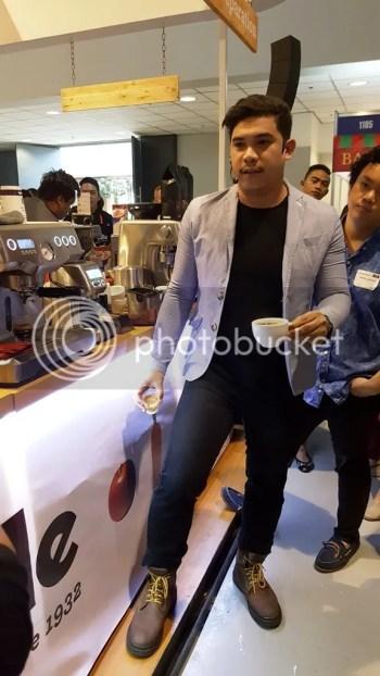 Dave Dource Master Latte Artist