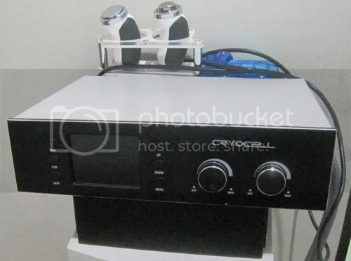 Skin Touch Aesthetic & Slimming Center CryoCell Machine