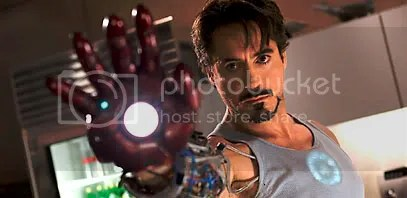 Robert Downey Jr como Tony Stark - Clique para ampliar