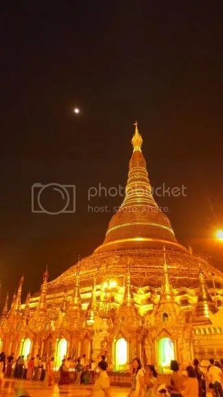 photo Shwedagon 2_zpset2j38hi.jpg