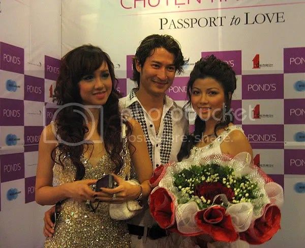 gh_passport2love05.jpg picture by giaohoang