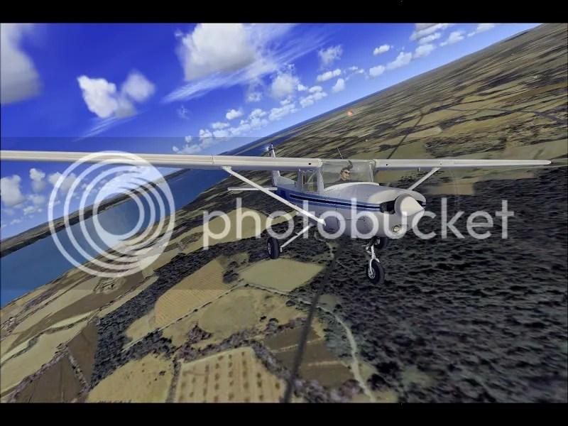 Virando con la C152
