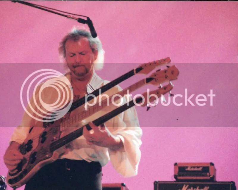 photo Chris Squire - Keys Live_zpst7itupoj.jpg