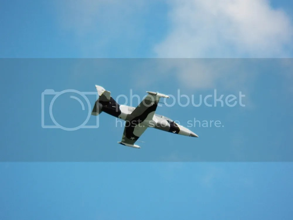 photo black-diamond-jet-team-one-plane.jpg