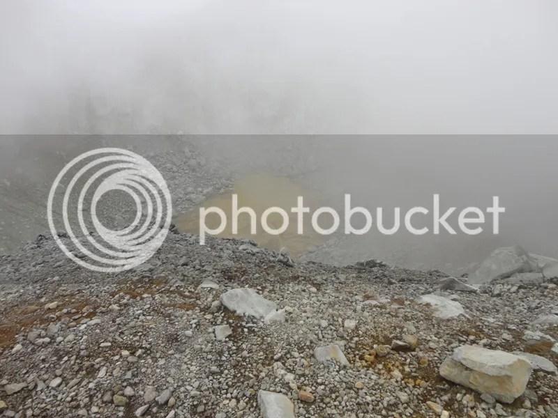 Kawah yang terlihat dari puncak Welirang