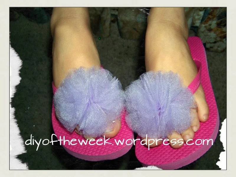 DIY Flower Frill DIY flip flop