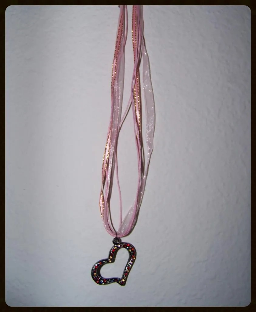 diy valentine necklace