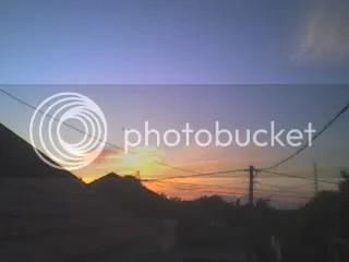 matahari pagi terbit