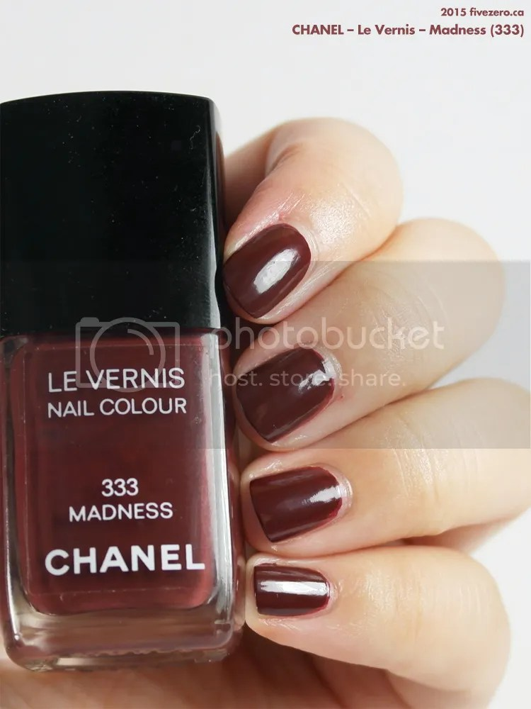 Chanel Le Vernis in Madness, swatch