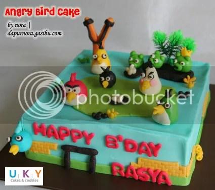 Birthday Cake angry bird bandung