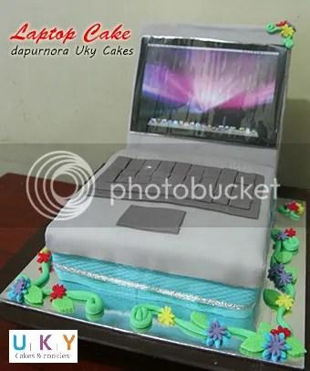 laptop cake bandung