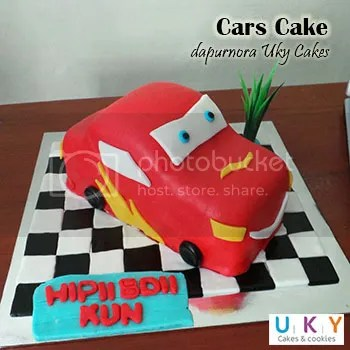 car birthday cake bandung