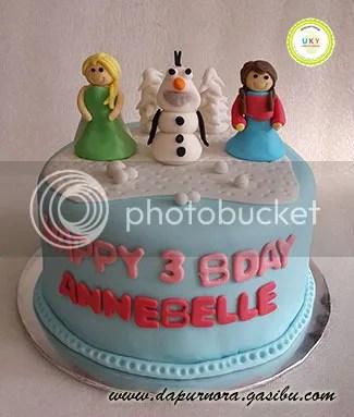 frozen birthday cake bandung