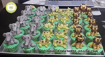 cupcake animal bandung