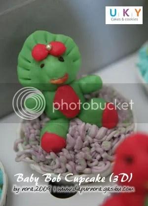 baby bob cupcake 3D