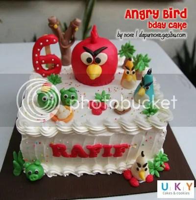 Angry Bird cake bandung