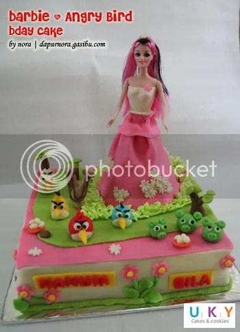 Kue ulang tahun barbie