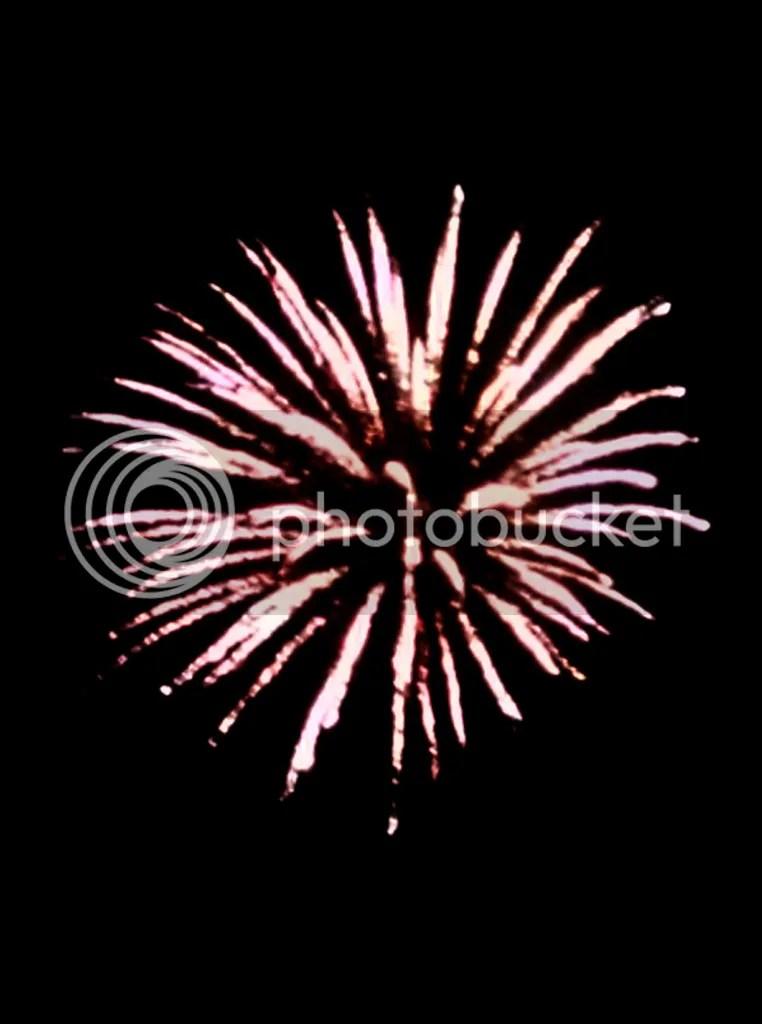 photo fireworks1_zpsw7kjkbng.jpg