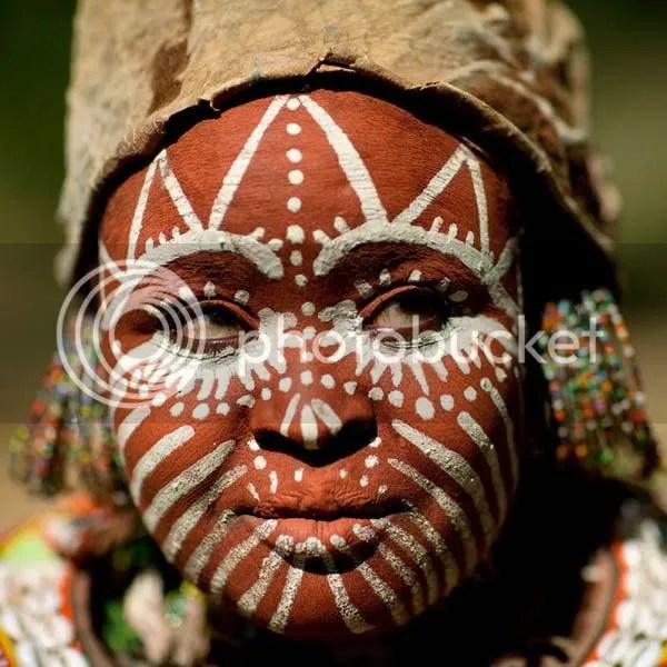 https://i1.wp.com/i834.photobucket.com/albums/zz268/fotoslamenza/galeria/tribos-africanas/026.jpg