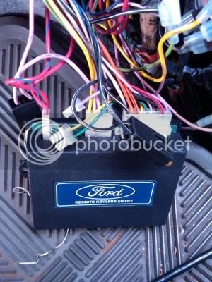 Key Fob Programming grey plug location?  8096 Ford Bronco Tech Support  6696 Ford Broncos