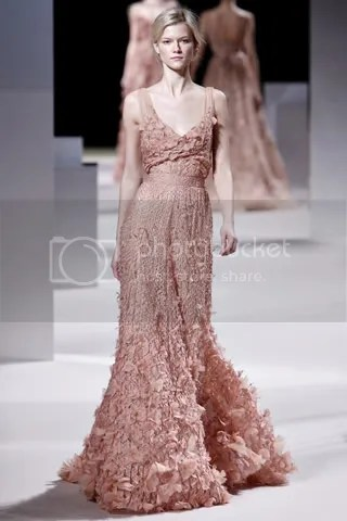 45ac8fdf3b410 Friday Favorites  Spring 2011 Couture Pt II