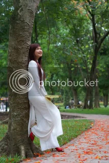 https://i1.wp.com/i86.photobucket.com/albums/k88/suonglam_2006/Anhdeptrennet/1291116883-vay-ngan-nu-sinh-3017.jpg