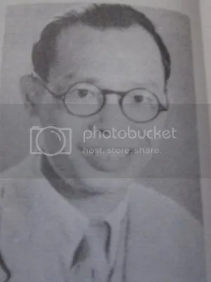 https://i1.wp.com/i86.photobucket.com/albums/k88/suonglam_2006/QGHC/ThayLVThan.jpg