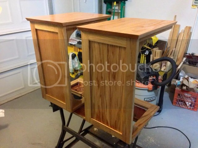 Woodworking for Mere Mortals: Free woodworking videos and plans.