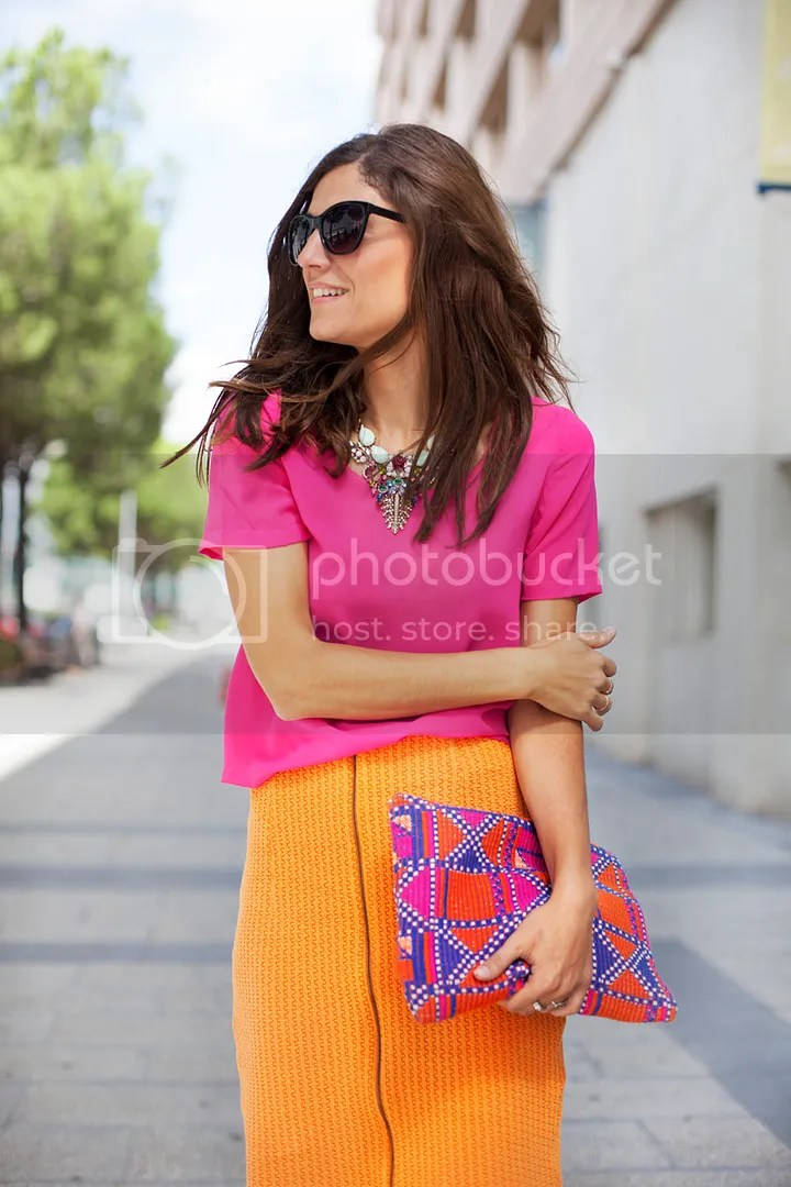 photo pink-orange-contrast-streetstyle-balamoda98_zps0e9e6c19.jpg