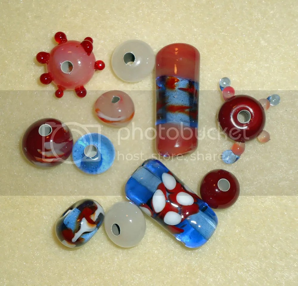beads, lampwork, flame work, cylinder bead, diablo glass school, glass blowing class