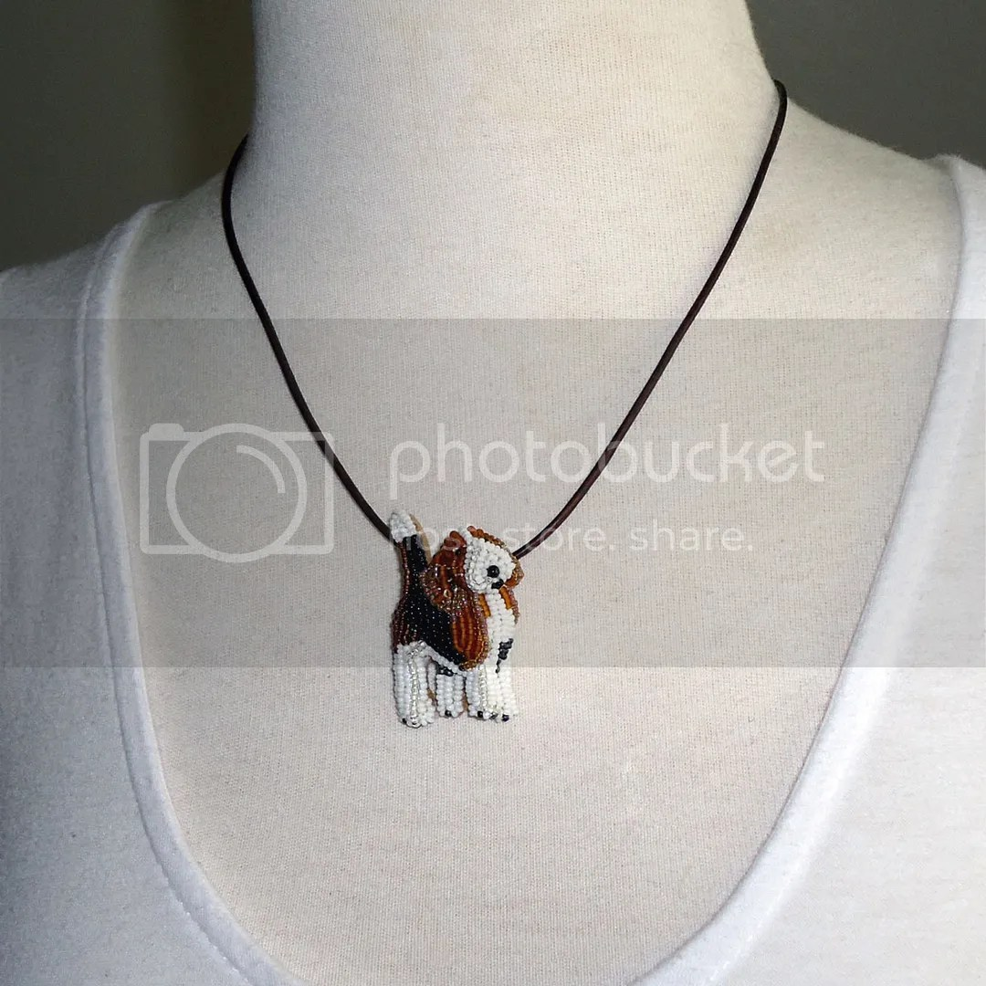 Beaded Pocket Beagle Pendant Bead embroidery etsy dog jewelry AKC