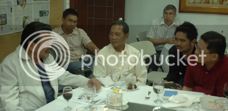 with erap, mayor jojo binay john nery, newsstand to bloggers