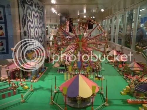 Tinker Toy amusements