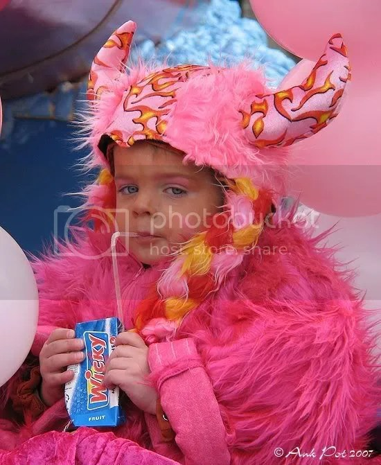Log19-2-07-Carnaval-4.jpg
