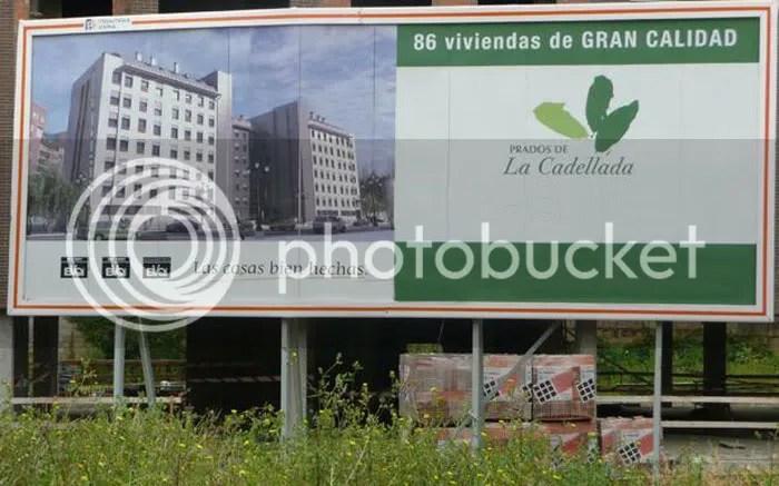 Hay otras muchas otras promociones, aparte de Prados de La Vega, en La Cadellada