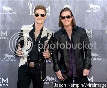photo acm-awards-2014-florida-georgia-line-wins-vocal-duo-of-the-year_zpsd31a3554.jpg