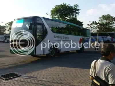 Bandung Express Surabaya-Bandung