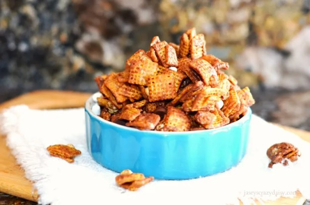 Delicious S'mores Chex Mix
